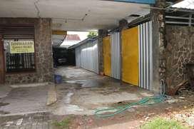 Disewakan Garasi Mobil Strategis Pusat kota