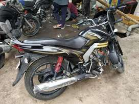 Mahindra Centuro bike in good condition 1st owner