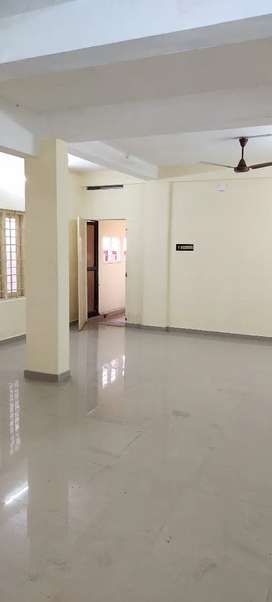 600 Sqft . OFFICE FOR RENT 16500.