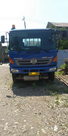 tractor head trailer hino SG 260 TI / SG 260 J / SG260TI / SG260 J