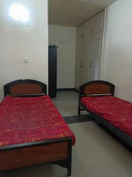 Boys HOSTEL in F-8/3 near Bahria, Air,NDU,Skains, Markaz and Blue Area