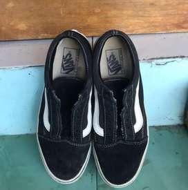 Sepatu vans OS BW