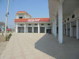 SHOPS FOR RENT AVAILABLE NICE LOCATION