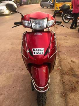 2015 Honda Activa 27000 Kms , Interested buyer call me soon