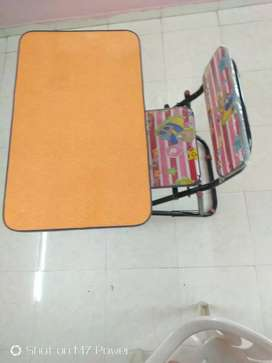 children's writing desk and chair