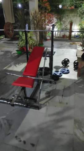New Bench press with set.