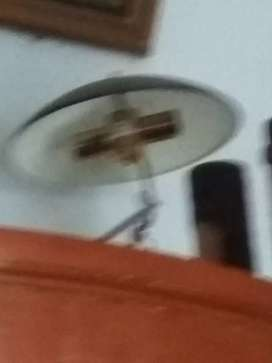 Saya mau jual lampu buat ruang tamu guys