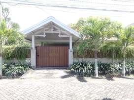 Dijual Rumah + Kantor di tengah kota Surabaya Fully furnished...SHM...