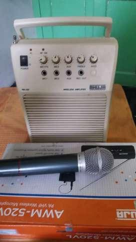 Ahija sound wireless earphone and codeless Mike system