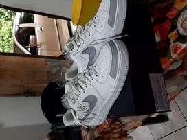 Sepatu Nike air force