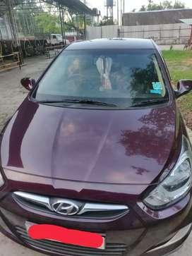 Hyundai Fluidic Verna 1.6 SX (Petrol)