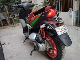 2 Year Old  Grey APRILIA SR 150 RACE (Superb Condition with insurance)