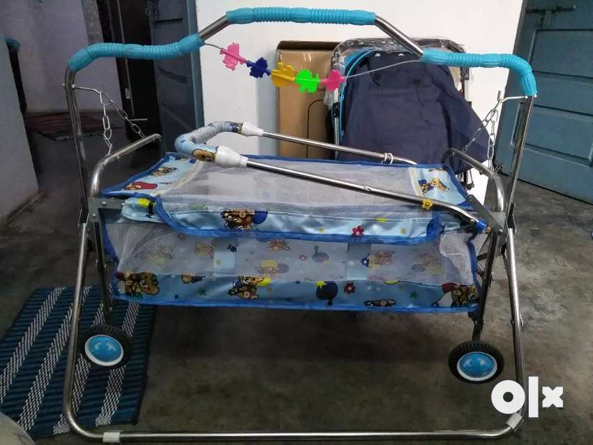 Baby cradle new one, un used 0