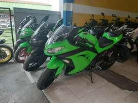 Ninja 250 Kawasaki melayani kredit dan tukar tambah