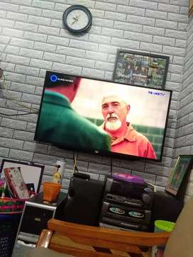 Tv sharp aquos 42 inch