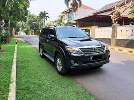 Toyota Fortuner VNT Diesel Automatic Th 2012 Hitam Tgn1