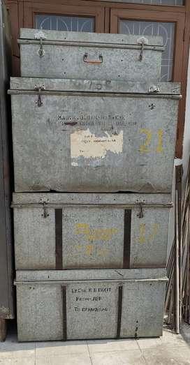 4 Steel Box + 1 Centre Table