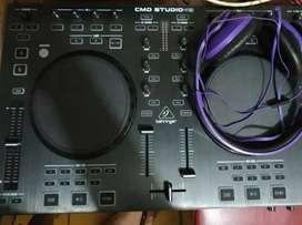 Behringer DJ Controller CMD Studio 4A 4-deck MIDI Controller