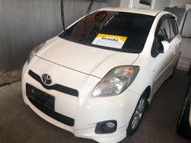 Forsale Totoya Yaris S limited Matic Putih 2013