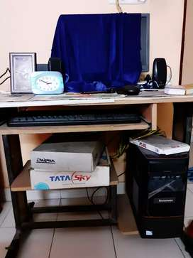 Computer Table for sale in good condition.