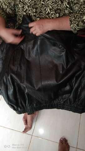 Jaket kulit import bekas