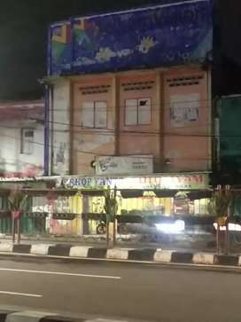 Ruko 2 lantai kontrakan daerah wonokromo pinggir jalan raya