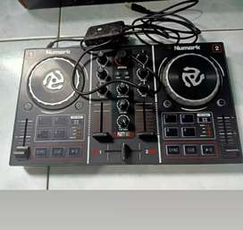 JUAL ALAT DJ  merek NUMARK