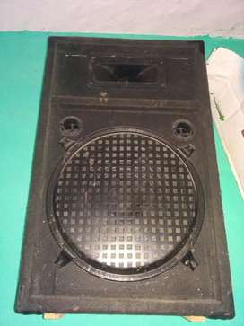 12inch bass box speakers bast sound in very good 3box h