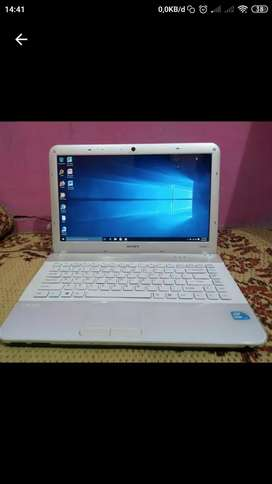 Laptop Sony Vaio vpcea16fg