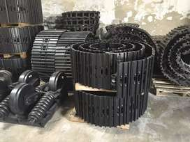 Hyundai R-210 and Kobelco SK-210 Excavator Track Chain Assembly, Delhi