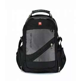 "Swiss Gear 15.6"" Laptop Backpack With USB & Aux Port Grey (8810)"