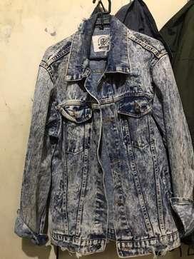 Jual Jaket Jeans Blue Washed Denim( Ripped Jeans )