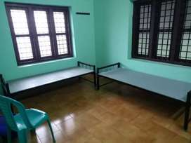 Accommodation @ cheap rate for bachelors in perinthalmanna,