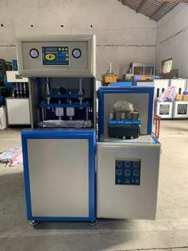 Pet bottle blowing moulding machine semi automatic Two cavity  HZ 880