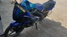 Yamaha r15 version1 for sale