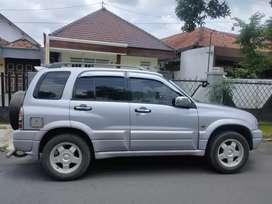 ESCUDO 2.0i tahun 2001, manual, bensin
