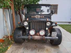 Jeep with allow tyres
