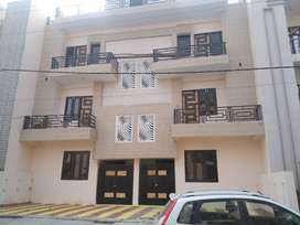 (NEAR PAC MODIPURAM) 3BHK LUXURY FLATS 150 YARD 33/38 LAC