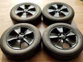 Velg Copotan Toyota kijang Innova dan Ban  Ring16 Pcd 5x114,3