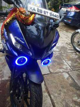 Yamaha r15v3 for sale well maintained
