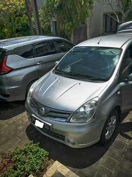 Nissan grand livina 1.5 sv automatic