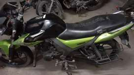 New condition Yamaha SZ 2016 model single hand Motorcycle