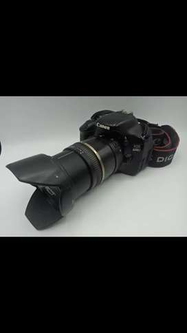 Canon 600D with comete box and everything