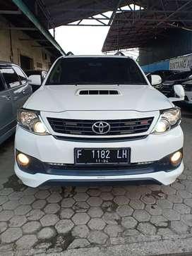 Toyota Fortuner G Vnt TRD mt 2014