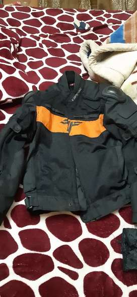 Tarmac level 2 jacket with 2 liners m size
