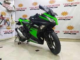 Ride cuy Pake Ninja fi 250cc Se hijau hitam - eny motor