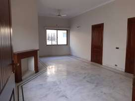 1KANAL UPPER  PORTION FOR RENT IN DHA LAHORE PHASE 4
