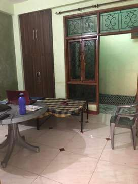 1 Room kitchen available for Rent at cheap price near Gurudev Palace