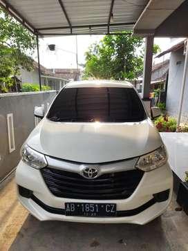 Toyota Avanza Putih 1.3E