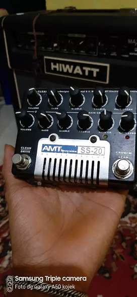 Efek Gitar PREAMP AMT SS 20